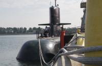 Szwedzki okręt podwodny przy nabrzeżu w Nowym Porcie