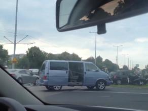 Skutki wypadku na ul. Chłopskiej