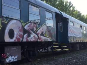 Wandale zdewastowali zabytkowy wagon w Orłowie