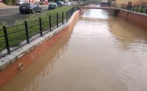 Wysoki poziom wody na Raduni, problem jej...