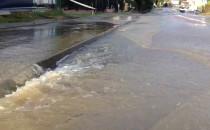 Woda wciąż wylewa się ze zbiornika Zabornia