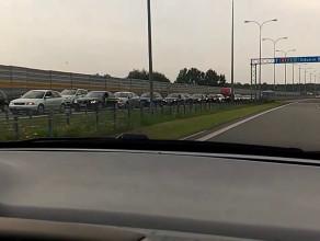 Gigantyczny korek, wyjazd z A1 Rusocin