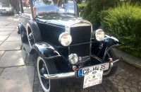 Zabytkowe samochody w Oliwie