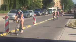 Ironman w triathlonie na ul. Kartuskiej w Gdyni