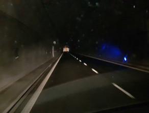 Tunel pod Martwą Wisłą w ciemności