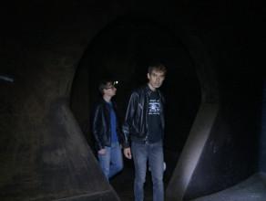 Wnętrza zbiornika wodnego na Oksywiu
