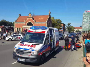 Skutki potrącenia pieszego w centrum Gdańska