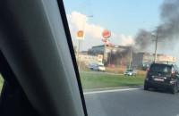 Pożar auta koło Burger Kinga na Armii Krajowej