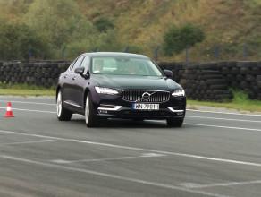 Pokaz Volvo S90 i V90 na autodromie