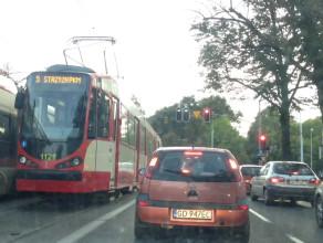Stoją tramwaje we Wrzeszczu