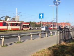 Stoją tramwaje pod Zieleniakiem