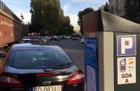 Nowe strefy płatnego parkowania - przed i po
