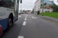 Kierowca autobusu prawie potrącił rowerzystę