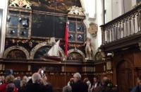 Uroczystość odsłonięcia herbu Polski w Dworze Artusa