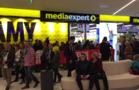 Tłumy na otwarciu Media Expert w Galerii Metropolia