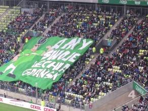 Oprawa Lechii Gdańsk podczas meczu z Piastem Gliwice