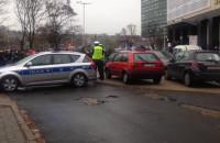 Zablokowany przejazd przy Solidarności - czarny protest