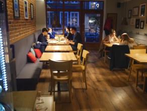 Motto Bistro Cafe