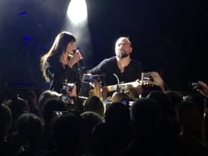 """Sylwia Grzeszczak z publicznością """"Sen o przyszłości"""""""