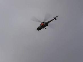 Helikopter nad stadionem