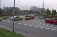Kierowcy omijają korek przed Trasą Kwiatkowskiego w Gdyni