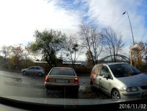 Parkowanie na skrzyżowaniu