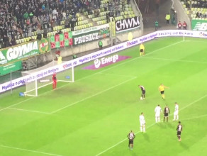 Niecodzienny karny w meczu Lechia Gdańsk - Pogoń Szczecin