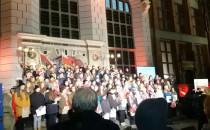 Chór STO w Gdansku śpiewa pieśni...