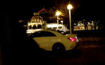 Zagubiony kierowca w centrum Sopotu nocą