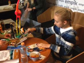 Podróżniczka Nela spotkała się z tłumem fanów