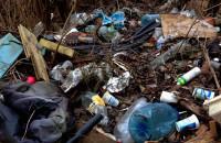 Zaśmiecona skarpa na Siedlcach