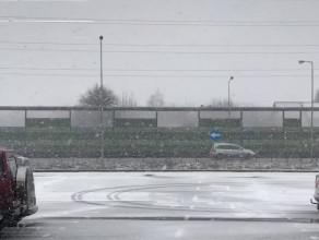 Intensywne opady śniegu na węźle Osowa