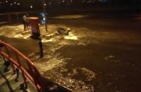 Port Północny - woda przelała się przez falochron