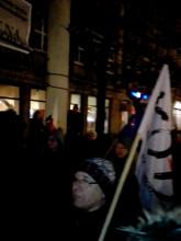 Spontaniczna demonstracja KOD-u przed biurem PiS w Gdańsku
