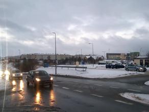 Policja kontroluje ruch na Wilanowskiej
