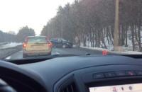 Zderzenie aut na Chwaszczyńskiej w Gdyni