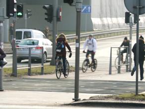 Zakaz jazdy na rowerze w słuchawkach?