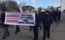 W centrum Gdańska trwa protest pocztowców