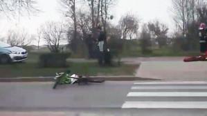 Potrącenie rowerzysty na pasach
