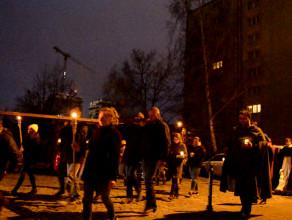 Przemarsz do ostatniej stacji Drogi Krzyżowej w Gdańsku
