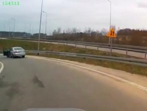 Agresywny kierowca na Węźle Karczemki
