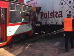 Akcja służb po wypadku na Hallera