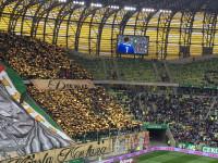 Kibice na stadionie podczas derbów Lechia - Arka