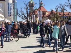 Tłumy ludzi na 1 maja w Sopocie