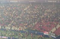 Kibice Arki cieszą się po golu na 2:0