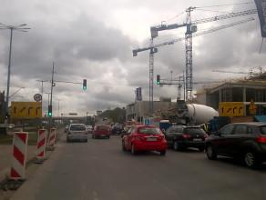 Spore utrudnienia koło budowy Forum Gdańsk