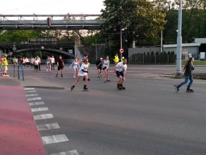 Rolkarze przejechali ulicami