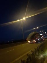 """Transport """"gigantow"""" w tunelu pod ..."""