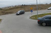 Kierowcy na ciągłej linii