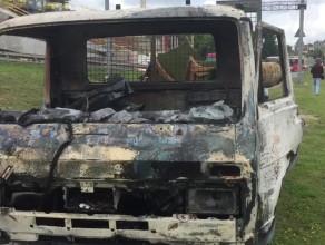 Skutki pożaru dostawczaka na ulicy Okopowej